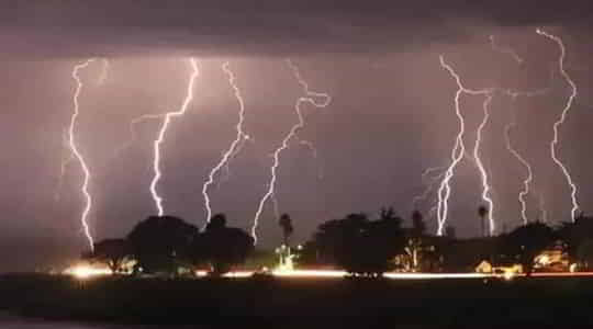 206057807176-people-have-been-killed-by-lightning-strikes-across-three-states.jpg