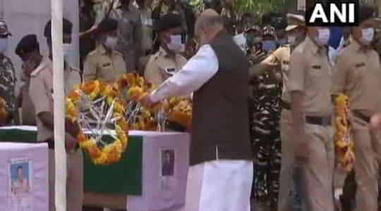 273404462amit-shah-pays-tribute-to-martyrs.jpg
