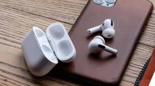 478694211amazon-black-friday-sale-price-declines-for-apples-airpods-pro-to-historic-low-level.jpg