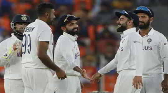 859658002india-vs-england-pink-ball-test-india-win-by-10-wickets.jpg